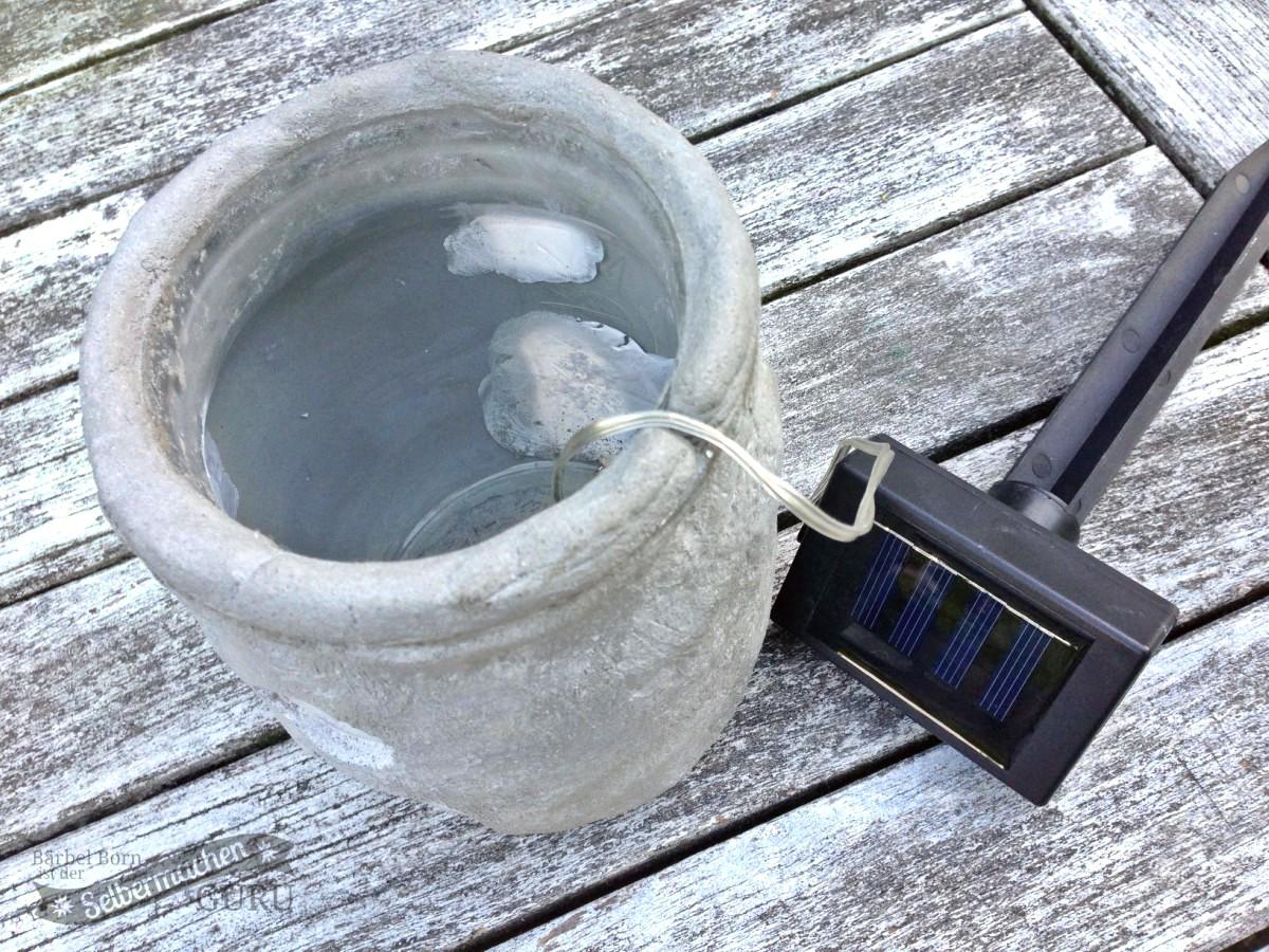 gartenlaterne aus beton cement garden lantern selbermachenguru. Black Bedroom Furniture Sets. Home Design Ideas